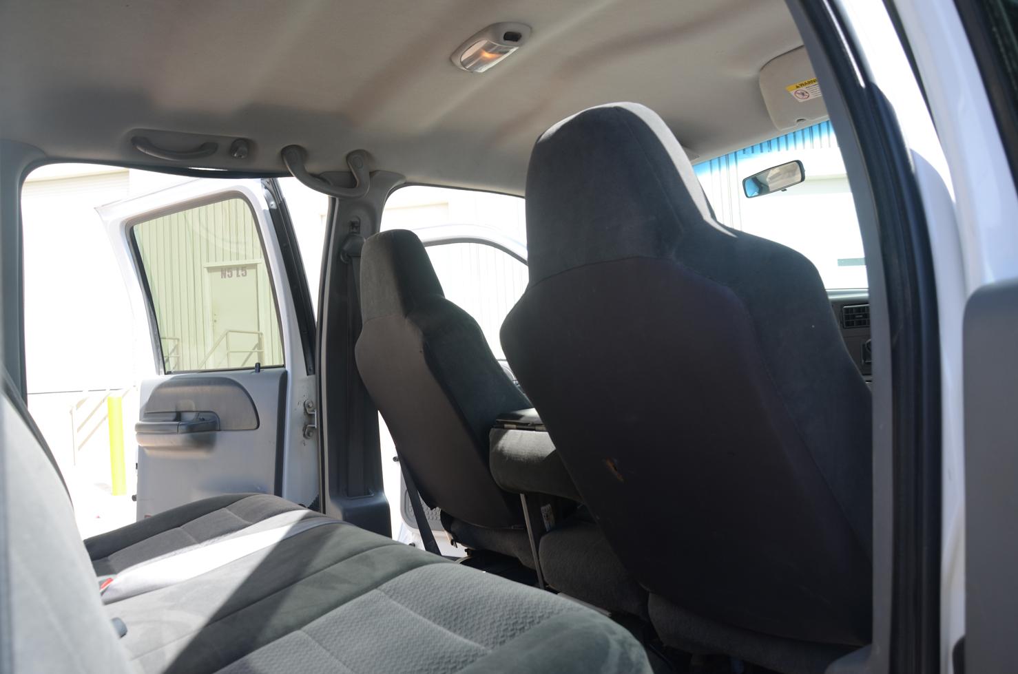 Ford F250 Pick-up de 4 Puertas