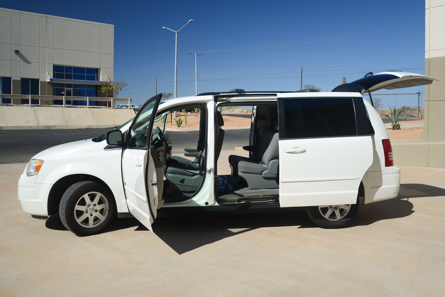 Chrysler Town & Country (Vans Familiares)