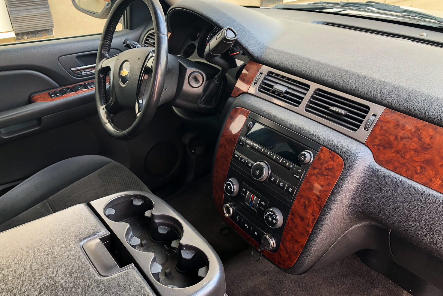 Chevrolet Suburban | BBB Rent a Car