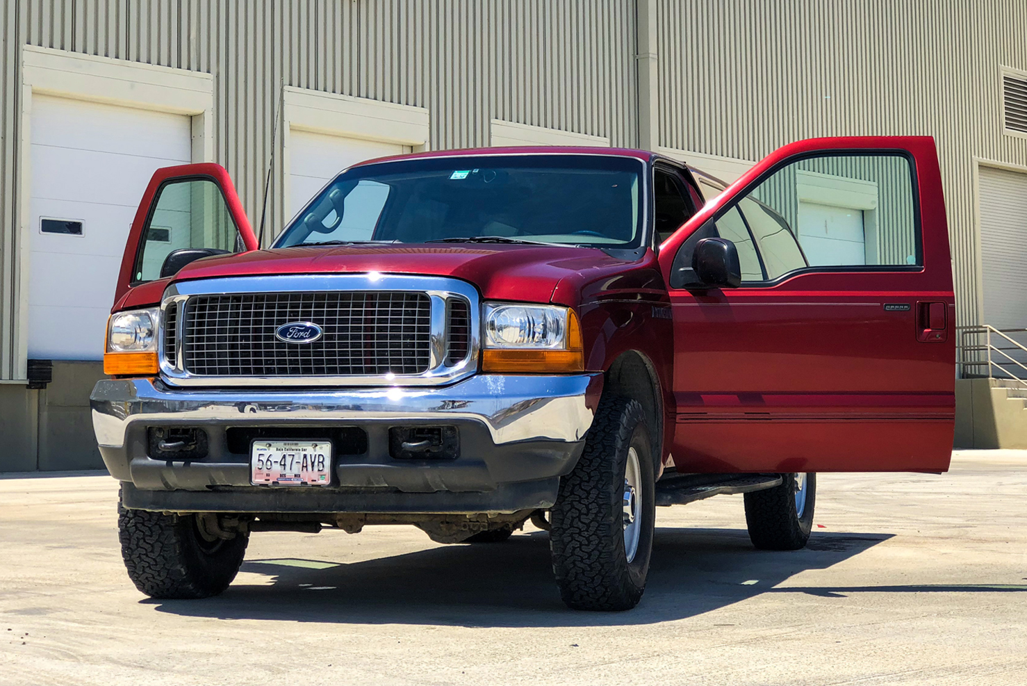 Ford Excursion | BBB Rent a Car Los Cabos