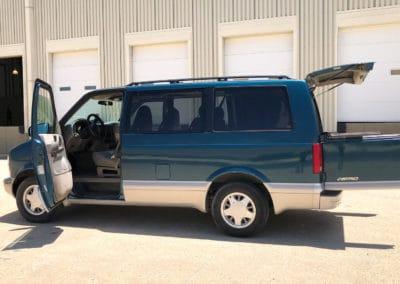 Chevrolet Astro Activity Van (AWD)