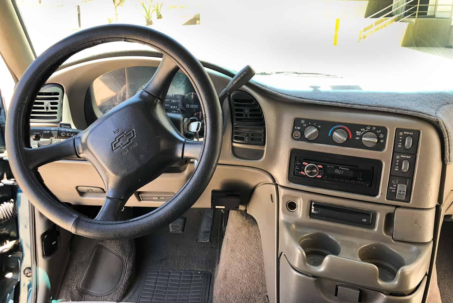 Chevrolet Astro Van | BBB Rent a Car