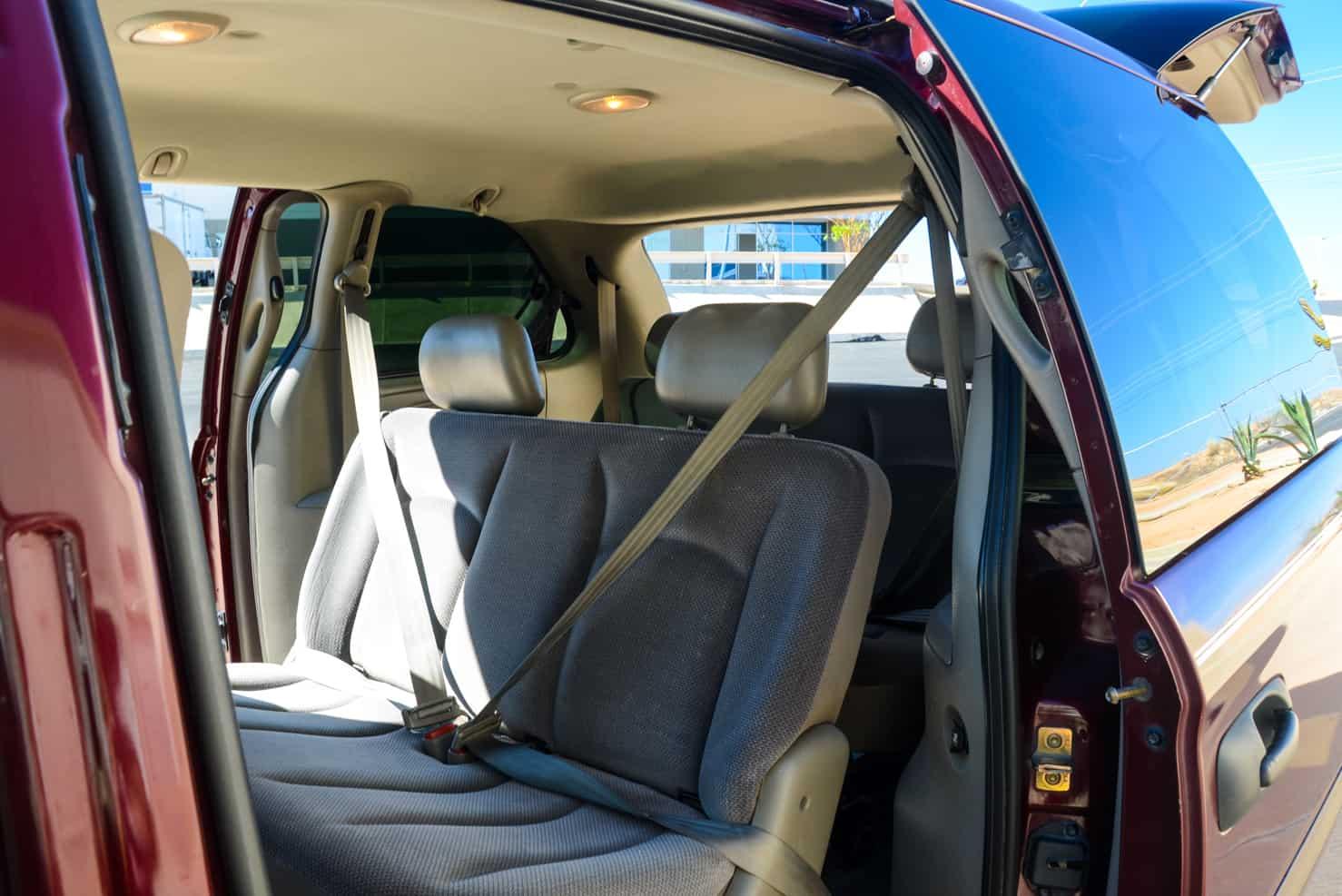 Dodge Caravan | BBB Rent a Car Los Cabos