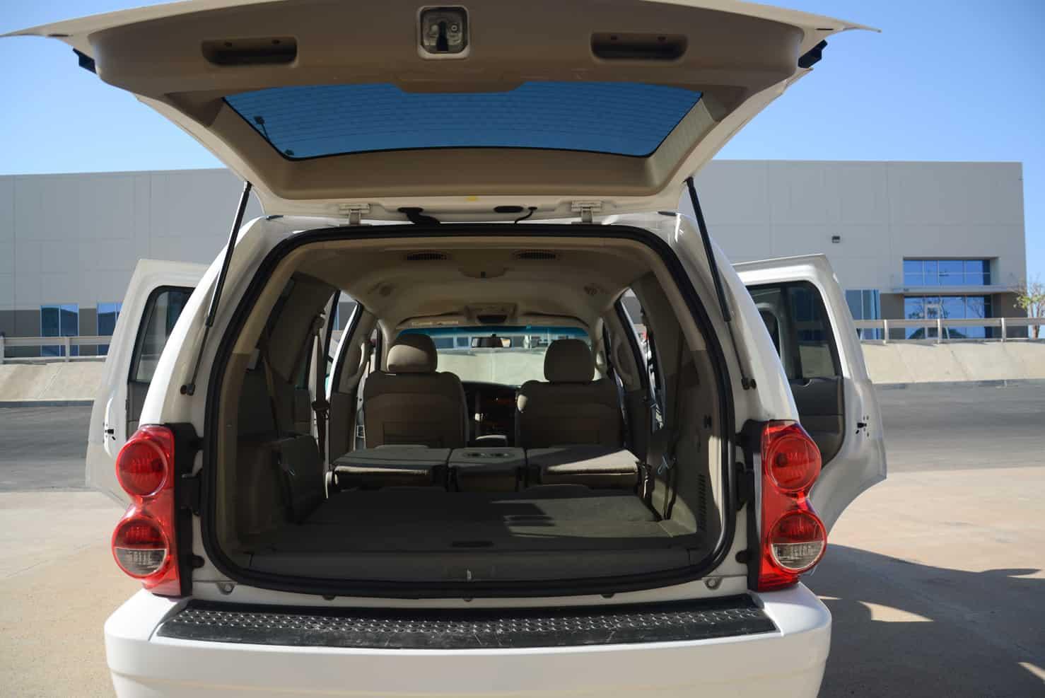 Dodge Durango Back | BBB Rent a Car