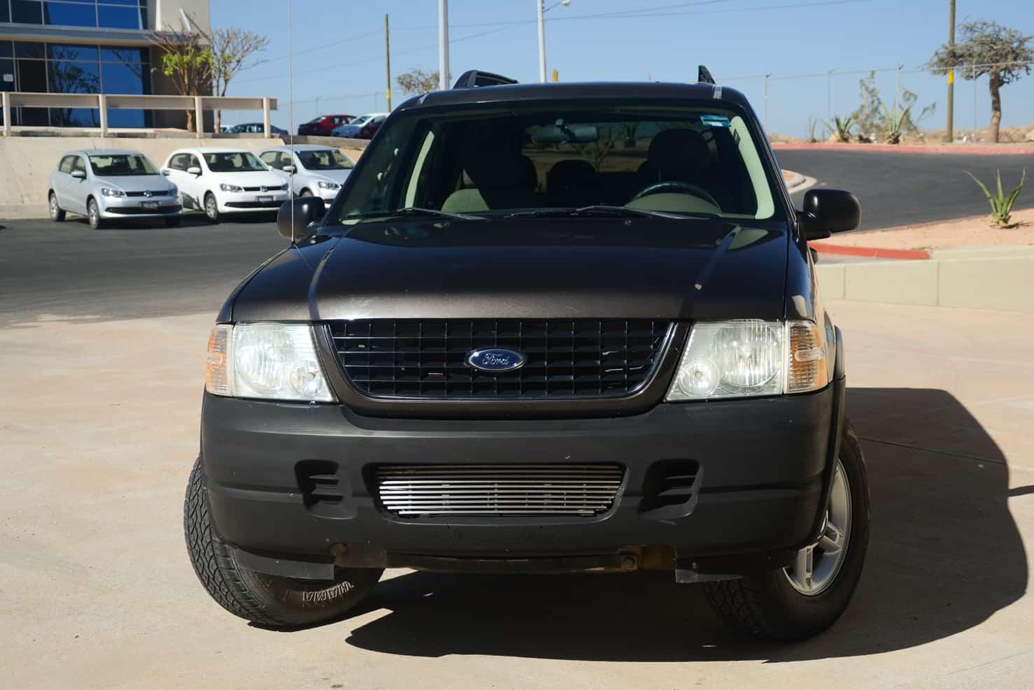 Ford Explorer • BBB Rent a Car Mexico