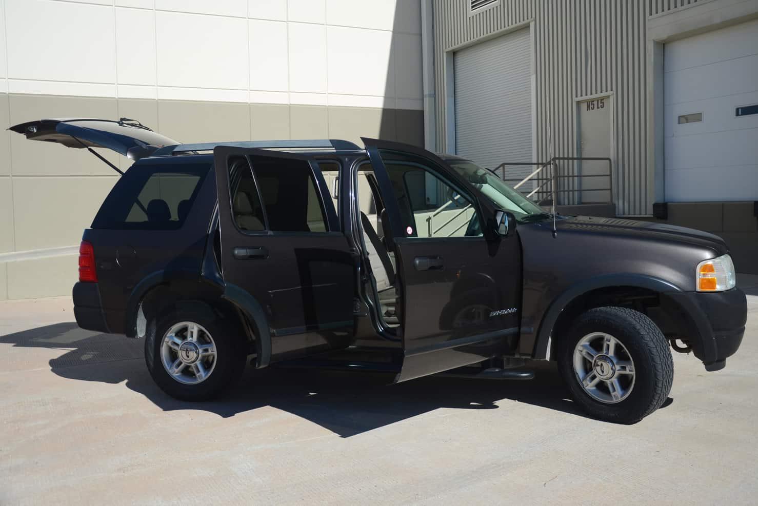 Ford Explorer • BBB Rent a Car