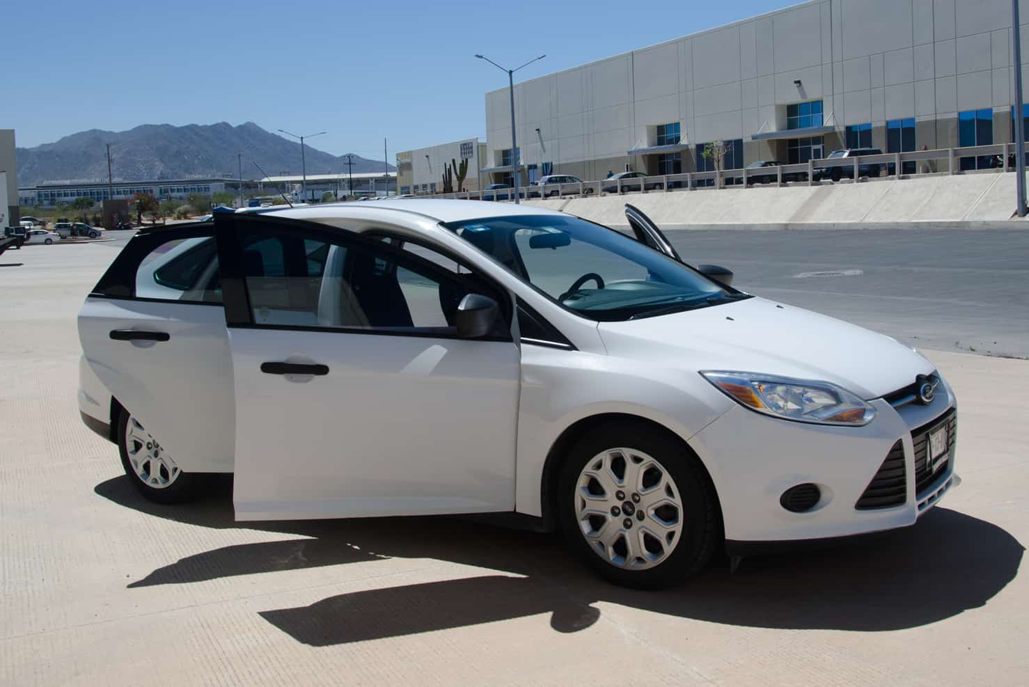 Ford Focus Sedan | BBB Rent a Car