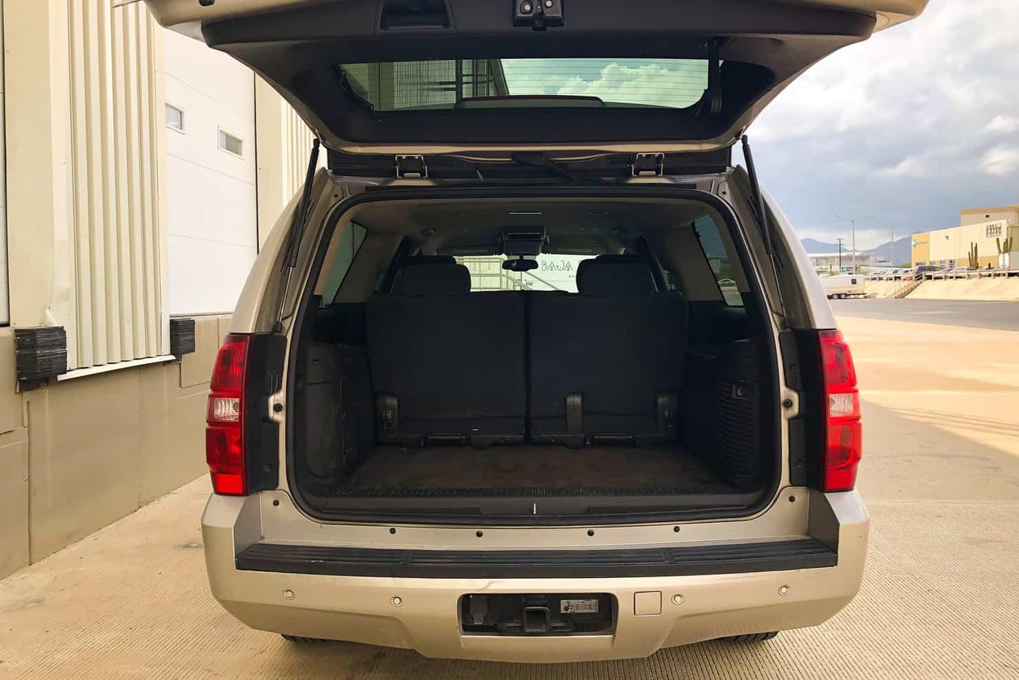 Chevrolet Suburban (back) | BBB Rent a Car