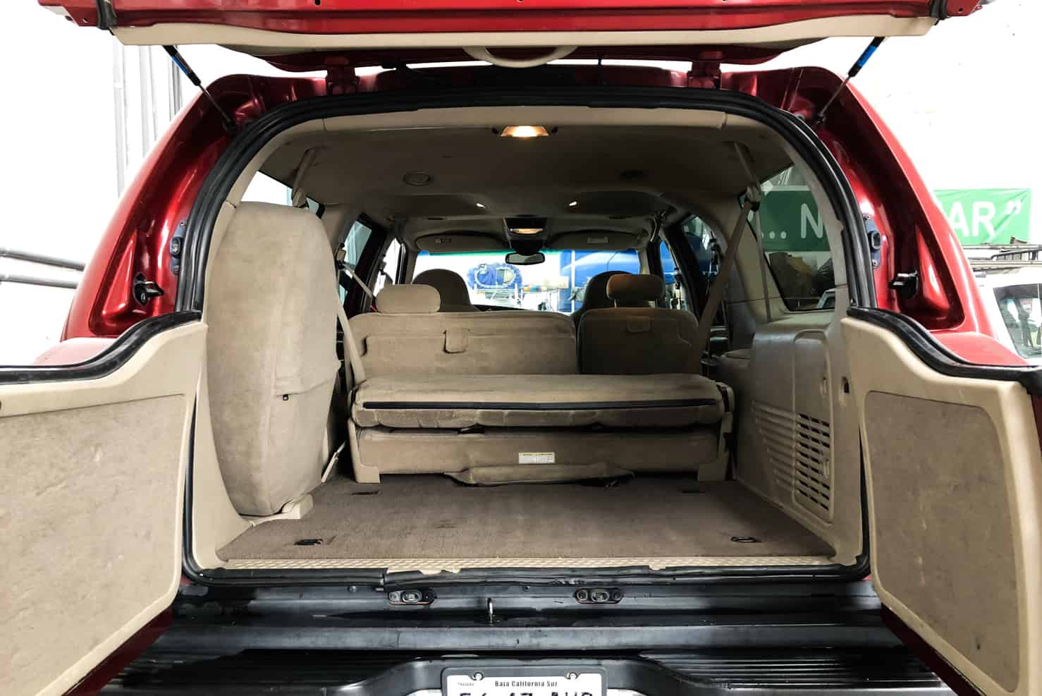 Ford Excursion 4x4 Suvs Full Sized Bbb Rent A Car